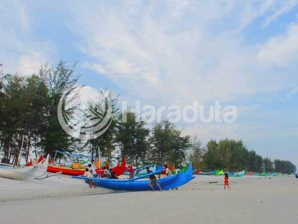 Pantai Serdang Belitung