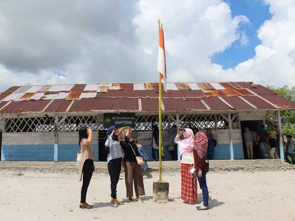 Open Trip Belitung